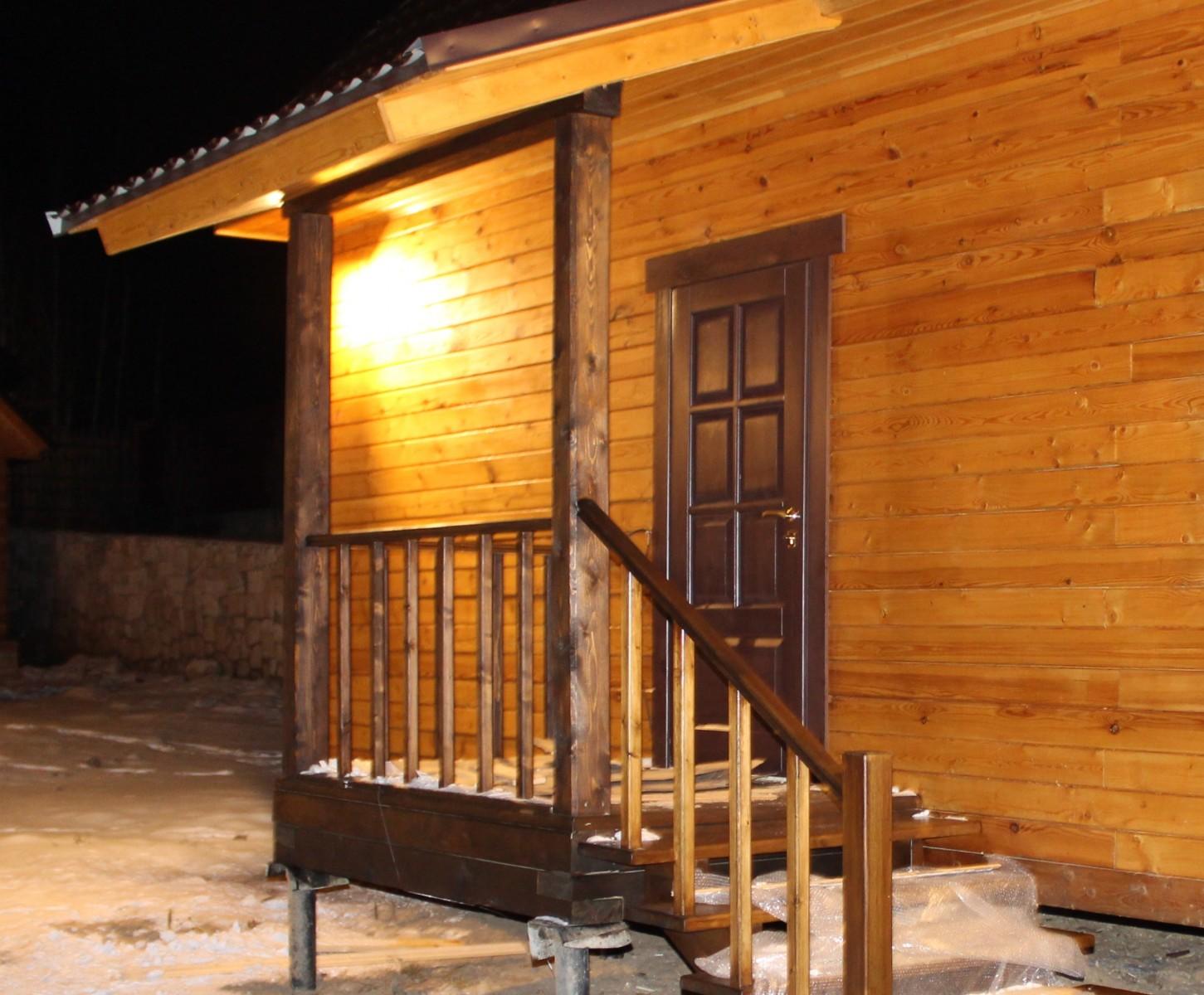 Входные деревянные двери для частного дома утепленные своими руками 268